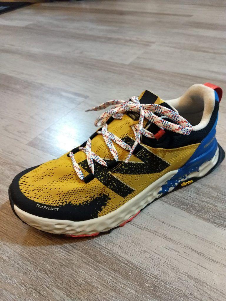 A examen las zapatillas de trail running NEW BALANCE HIERRO V5.