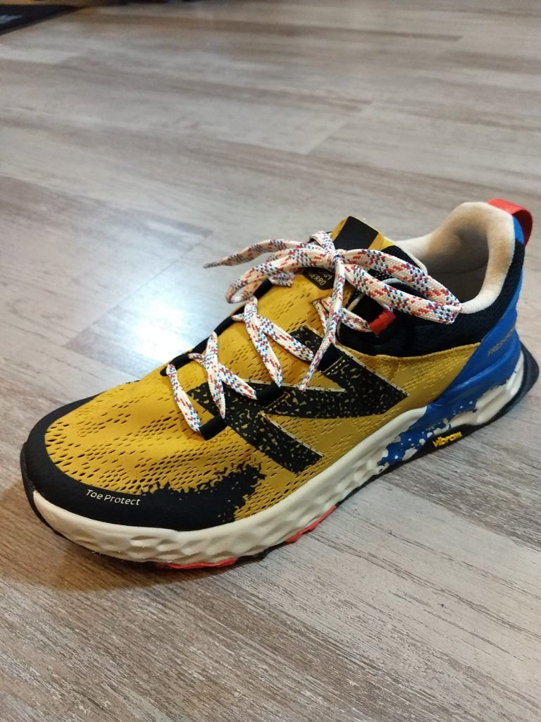 A examen las zapatillas de trail running NEW BALANCE HIERRO V5. 1