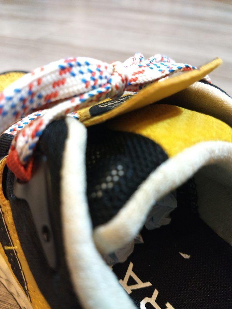 A examen las zapatillas de trail running NEW BALANCE HIERRO V5. 2